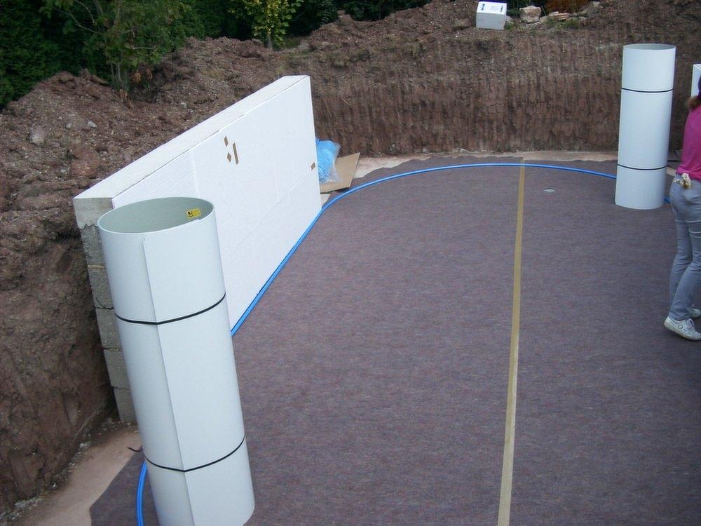 Aufbau der Stahlwand.