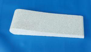Beton Beckenrandstein hellblau mit Schwallkante