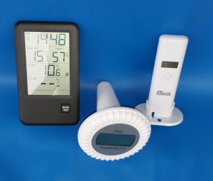 Pool Funkthermometer mit Uhr sowie Schwimmrad- und Außenfühler, Entfernung ca 30 m