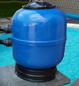 Filterkessel aus GFK Ø 450 und 500 mm, abnehmbarer Deckel, seitl. 6 Wege Ventil
