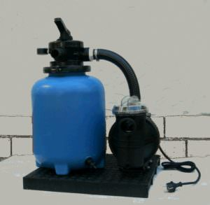 Kunststoffkessel HP 132 Ø 250 mm mit Pumpe ca. 4 m³