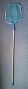 Laubkescher Kunststoff mit ca 120 cm langem Alustiel