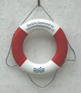 beschrifteter Rettungsring