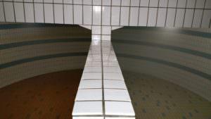 Trinkwasserkammer vor und nach der Reinigung.