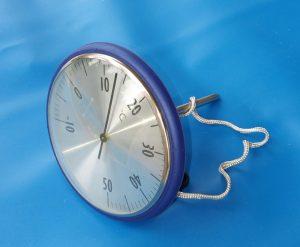kleines Schwimmthermometer blau, Ø ca 2,5 cm, ca 13 cm lang